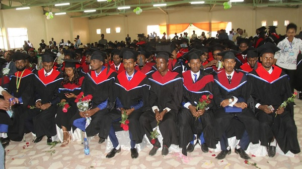 Haramaya University graduates 220 medical, nursing students